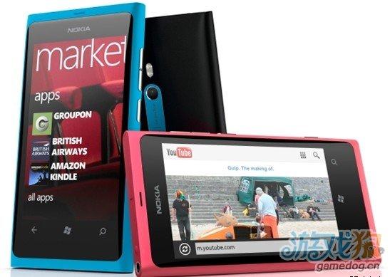 继续送Xbox 360 新加坡用户疯抢Lumia 800