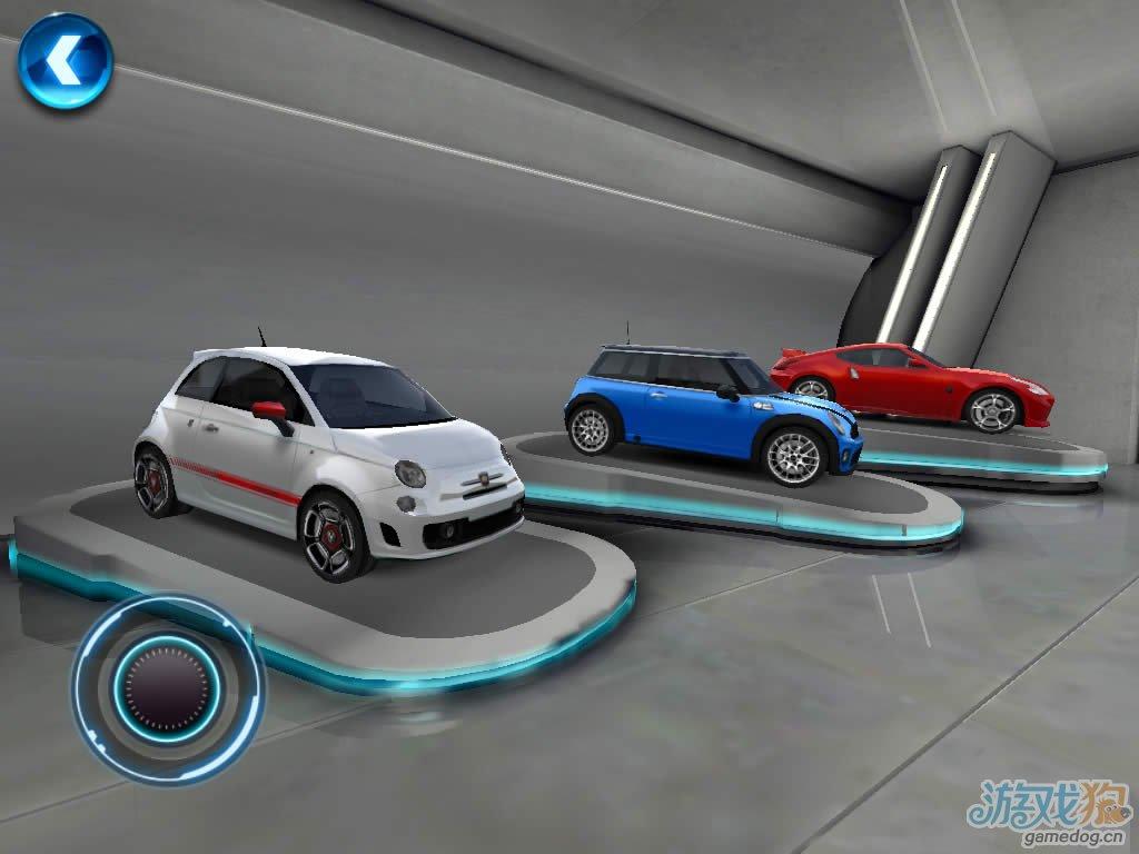 Gameloft出品3D竞速大作《都市赛车6:火线追击》