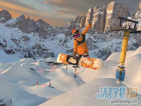 穿越暴风雪山间体验3D游戏《滑雪无极限》高清画质