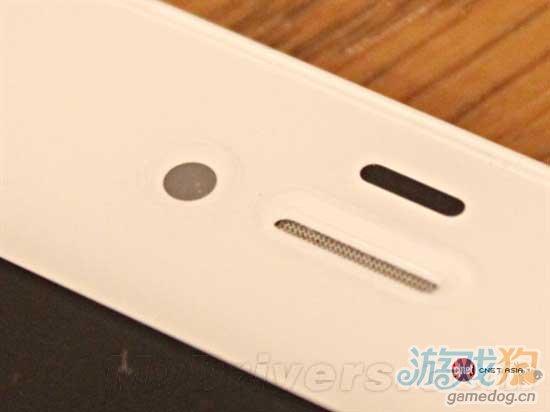 无摄像头版苹果iPhone 4S手机真机亮相开售