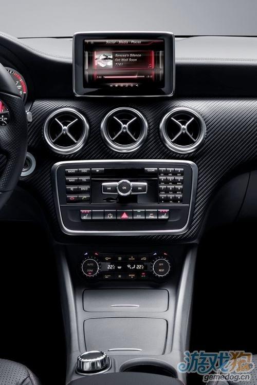 梅赛德斯-奔驰宣布在A级车中整合iPhone体验