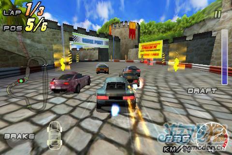 竞速游戏《雷霆赛车2》安卓高清版更新2