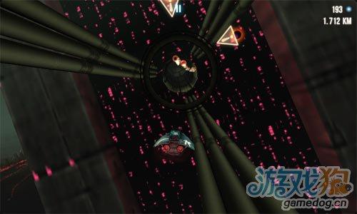 飞行游戏:极速穿梭 享受在未来太空的极速飞驰吧2