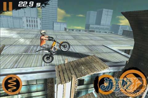 挑战你的操作极限:极限摩托2 让你疯狂的游戏难度1