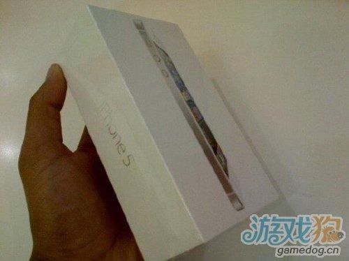 白色iPhone 5的包装盒抢先看