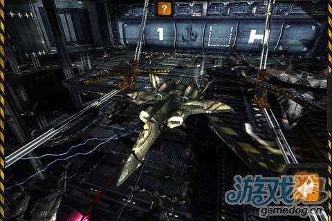 华丽空战游戏:炙热战空 成为空战霸主4