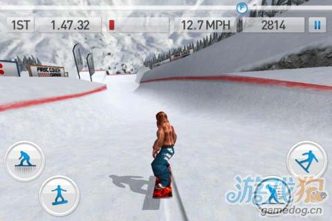 滑雪竞技游戏:滑雪达人 极速飞驰在皑皑白雪之中1