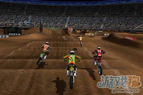 竞速游戏:疯狂越野赛 给你速度感十足的刺激体验5