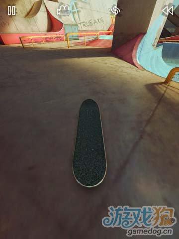 指尖上的极限运动:真实滑板 享受竞技运动的乐趣1