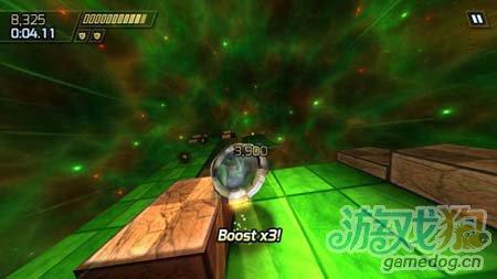 竞速游戏:云霄赛车 浩瀚宇宙的华丽冒险4