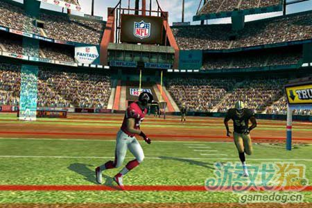 体育运动游戏:橄榄球竞赛NFL Rivals 劲爆橄榄球1