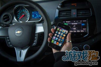 通用汽车成首家推出整合Siri语音助手车型