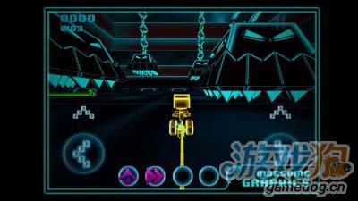 竞速游戏:炫光竞速LightSpeeder 掌上的迷你创战纪3