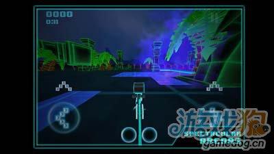 竞速游戏:炫光竞速LightSpeeder 掌上的迷你创战纪1