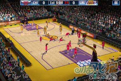 NBA 2K13:手机上最好的篮球游戏2