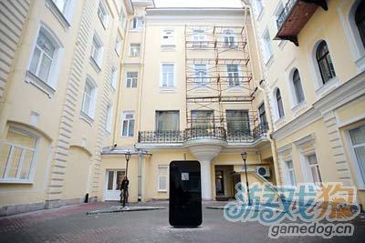 俄圣彼得堡建乔布斯纪念碑 外形为巨型iPhone51