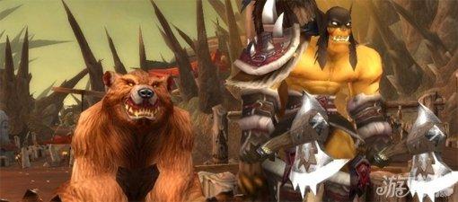 动物伙伴与《魔兽世界》 雷克萨是《魔兽世界》系列作品中的传奇英雄,曾经与巨魔洛坎、牛头人卡恩·血蹄及熊猫人陈·风暴烈酒等一道冒险,为卡利姆多大陆的开荒事业立下了不可磨灭的功劳。雷克萨是莫克纳萨族人,该族的祖先据说是食人魔和兽人的混血,族人骁勇善战,并以驯养各种野兽闻名。与其他莫克纳萨族人一样,雷克萨也是一位出色的驯兽大师(兽王)。在雷克萨的一生中驯养过许多动物伙伴,其中最有名的当属战熊米莎。除此之外,雷克萨常带在身边的还有野猪霍弗、猎鹰斯比雷及双足飞龙雷欧克。根据一位参加过第