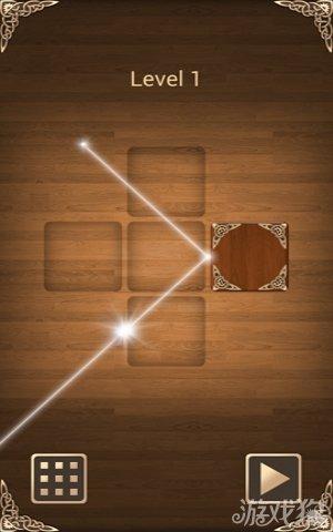游戏中共有100关,每一关所要求的球形机关分布方位、数量不一