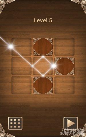游戏中光线反射其实在场景表达上很是简单,主要的游戏对象就是镜边盒和光线