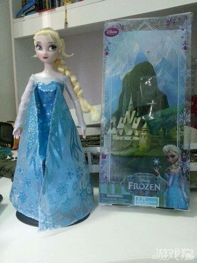 冰雪奇缘芭比娃娃系列之可爱的小女孩
