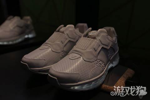 联想发布智能跑鞋 未来可作移动游戏的控制器图片