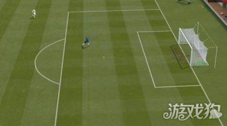 FIFA15长传球的预判方式解析_FIFA15_游戏狗