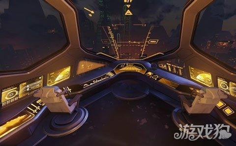 驾驶舱下方一层,有把控飞船各个部位舱门的控制台。