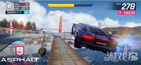赛车手们准备发动引擎 Gameloft公布狂野飙车9:竞速传奇春丽漫画
